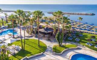 Обзор лучших отелей Ларнаки 4 звезды: плюсы и минусы, топ лучших, с собственным пляжем, для детей