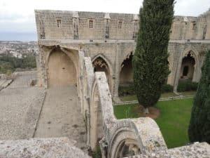 Руины овеяны легендами