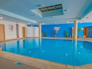 СПА и бассейн в здании отеля